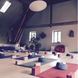 Gut Merteshof, Yoga, Achtsamkeit, Wellness, Kräuter, Natur, Eifel, Trierer Land, Erholung, Massage, Bewusstsein, Wochenendtrip