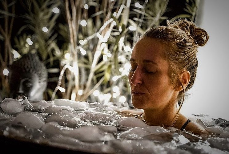Eisbaden, Mediation , yoga, Bewusstseinarbeit, Atmen, Achtsamkeit, Elisabeth Althoff, yoga-trip.de,